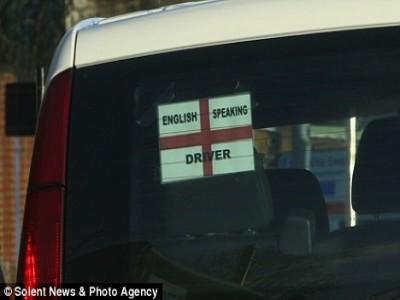 Tài xế du lịch phải giao tiếp được bằng tiếng Anh